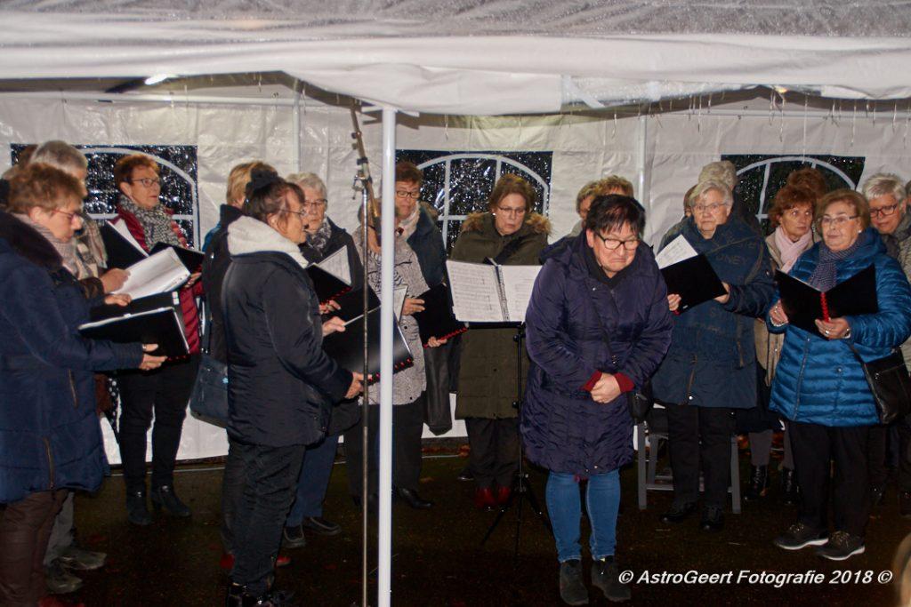 AstroGeert_Wereldlichtjesdag_Tegelen_2018-12-09 19.11.36_037